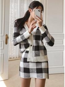Retro Fashion Buttons V-neck Plaids Knitting Dress Set