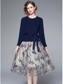 Europe Autumn Knitting Tops with Flowers Gauze Skirt