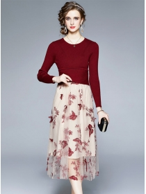 Retro Europe Knitting High Waist Flowers Embroidery Dress