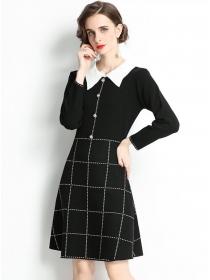 Wholesale Europe Doll Collar Plaids Knitting A-line Dress